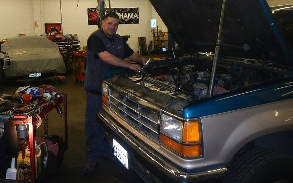 Oil change service in Kent WA